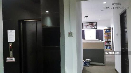 Gedung kantor Jakarta Selatan  48197159