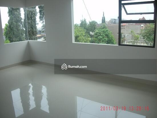 Jl Setra Sari  3744590