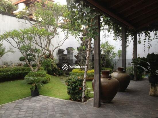 Rumah Mewah Lingkungan Elite Renon Denpasar  67976324
