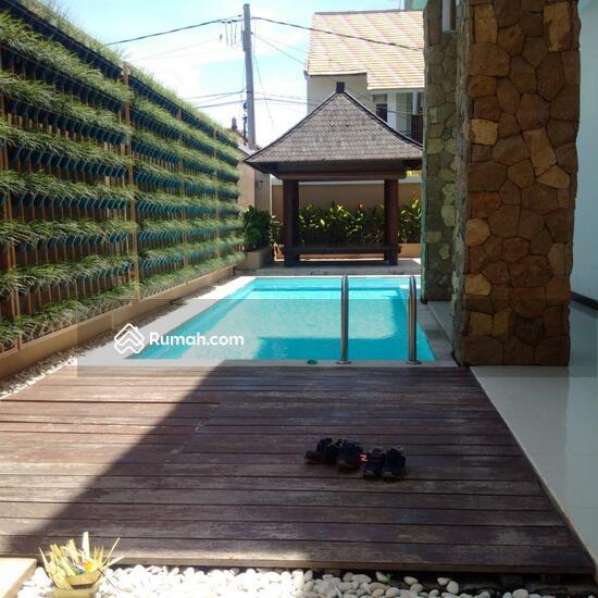 Rumah Mewah Semi Villa Di Renon  68750246