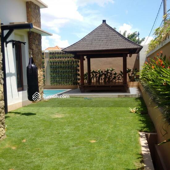 Rumah Mewah Semi Villa Di Renon  68750249
