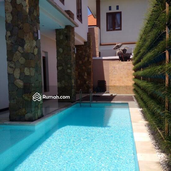 Rumah Mewah Semi Villa Di Renon  68750258