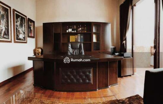 Rumah Mewah Semi Villa Di Renon  68750267