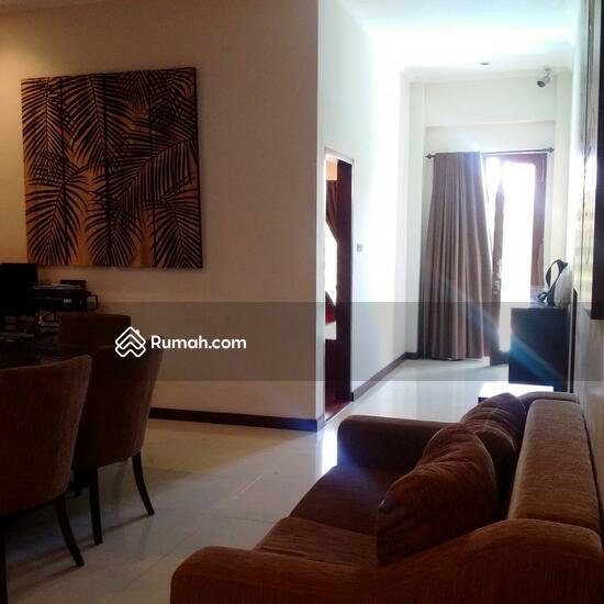 Rumah Mewah Semi Villa Di Renon  68750273