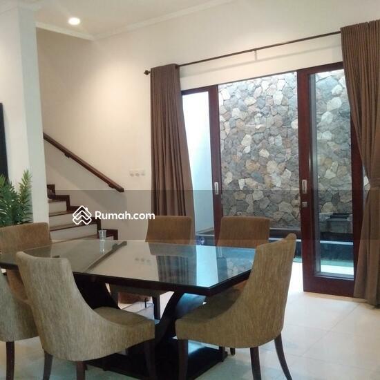 Rumah Mewah Semi Villa Di Renon  68750300