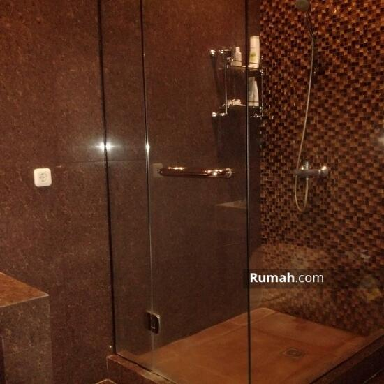 Rumah Mewah Semi Villa Di Renon  68750309