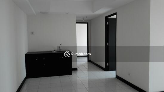 apartemen  68976332