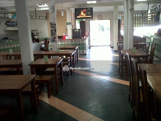 Jl Teuku Umar  5005703