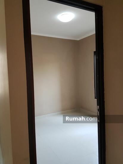 Jalan H. Nawi  78947960