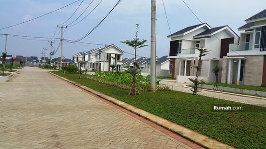 Rumah Hook di Citra Indah City 70/348  82004414