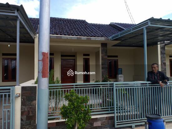 Rumah di jl Mayang Bojongsoang  84967088