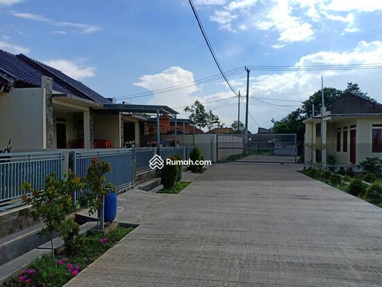 Rumah di jl Mayang Bojongsoang  84967094
