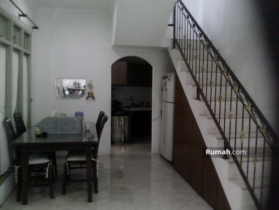 rumah 2lantai di Pamulang Permai  7637687