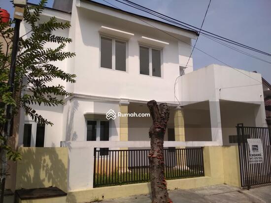 Kucica Bintaro Jaya Sektor 9  86464981