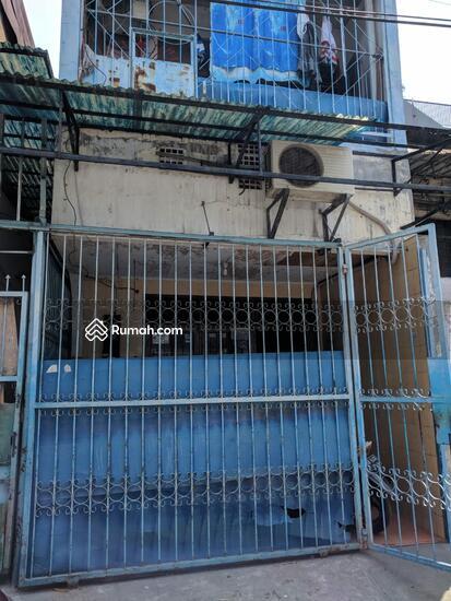 Rumah Jelambar  86555939
