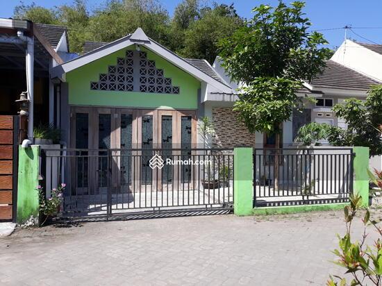 Rumah CANTIK Terawat, 100m dari Jalan Raya  90489008