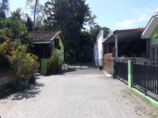 Rumah CANTIK Terawat, 100m dari Jalan Raya  90489009