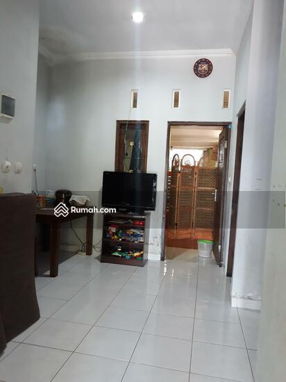 Rumah CANTIK Terawat, 100m dari Jalan Raya  90489014