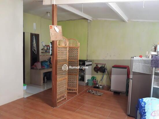 Rumah CANTIK Terawat, 100m dari Jalan Raya  90489053