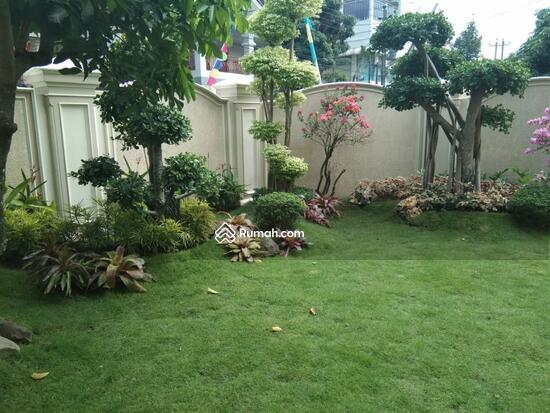 Rumah MEWAH ISTIMEWA Plus KOLAM RENANG Dekat MIROTA Godean  91277724