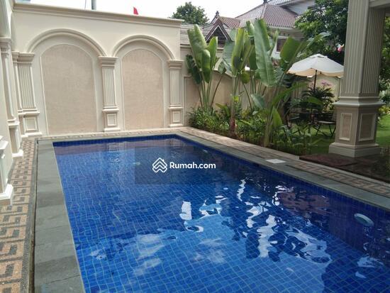 Rumah MEWAH ISTIMEWA Plus KOLAM RENANG Dekat MIROTA Godean  91277736