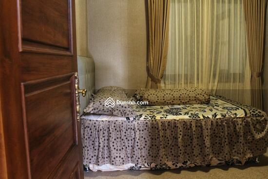 Rumah MEWAH ISTIMEWA Plus KOLAM RENANG Dekat MIROTA Godean  91277738