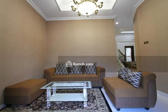 Rumah MEWAH ISTIMEWA Plus KOLAM RENANG Dekat MIROTA Godean  91277740