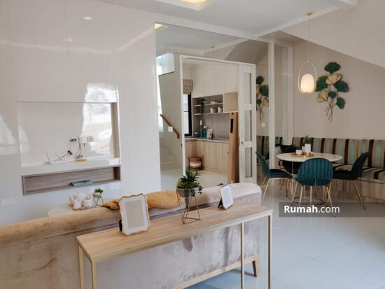 Miliki Rumah Cantik Mininalis Gaya Modern di Alam Sutera Tangerang  92725396