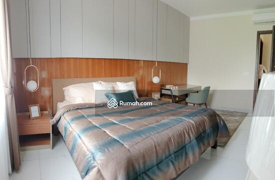 Sutera VictoriaRumah 2 Lantai di Cluster Victoria Semifurnished, Free Bed king size  92903266