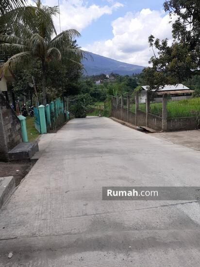 Villa mewah luas tanah 2,626 mtr,di jual murah dekat pintu Toll caringin Bogor surat SHM  101510486