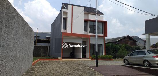 Podok Aren Tangerang Selatan  100202586