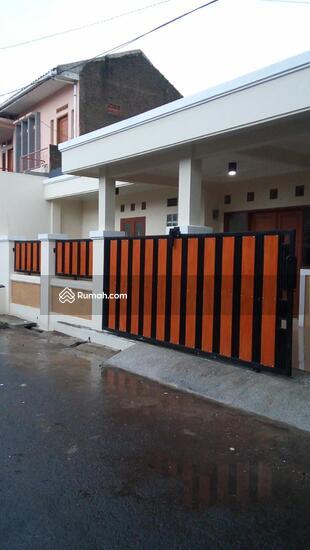 RUMAH GRES DI MARGAHAYU RAYA  102451222