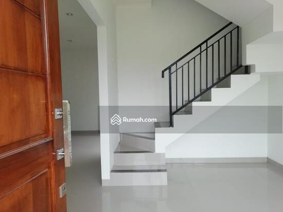Rumah 1 dan 2 Lantai Eksklusif dengan konsep Mewah dan Minimalis  103221649