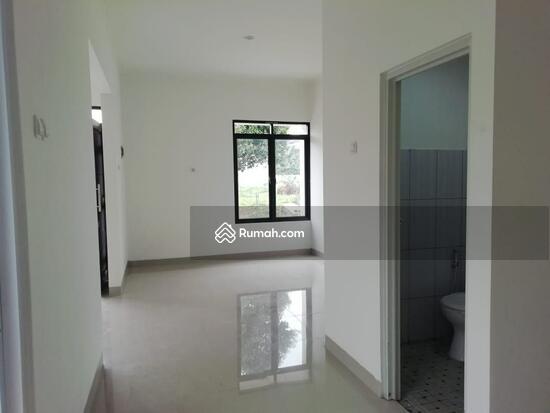 Rumah 1 dan 2 Lantai Eksklusif dengan konsep Mewah dan Minimalis  103221650