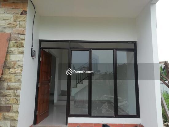 Rumah 1 dan 2 Lantai Eksklusif dengan konsep Mewah dan Minimalis  103221652