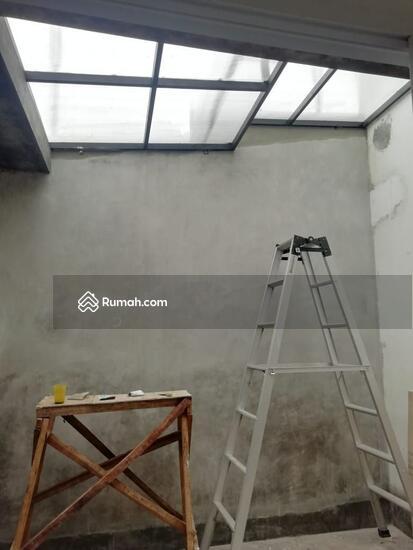 Rumah 1 dan 2 Lantai Eksklusif dengan konsep Mewah dan Minimalis  103221657