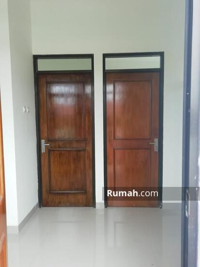 Rumah 1 dan 2 Lantai Eksklusif dengan konsep Mewah dan Minimalis  103221665