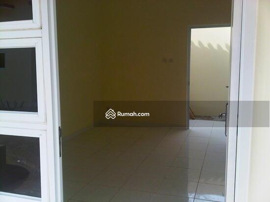 jl masjid at taufiq  8931041