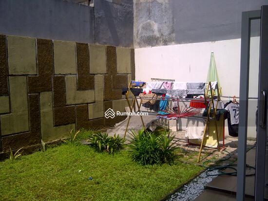 Beji timur, Beji Depok (Belakang Margonda depok) teras belakang   ruang jemur 9041078