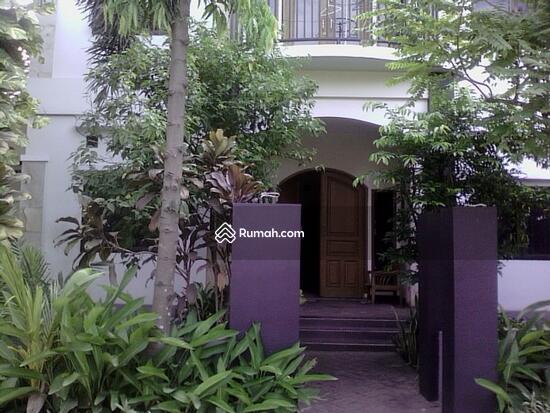 Rumah dijual di Pondok gede  10117652