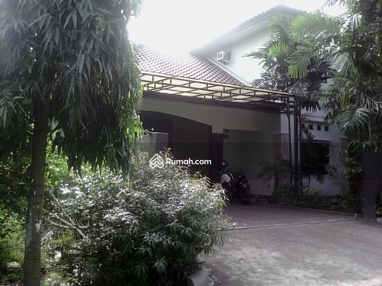 Rumah dijual di Pondok gede  10117655