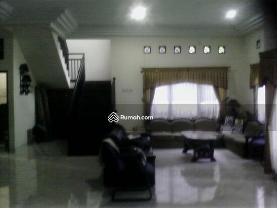 Rumah dijual di Pondok gede  10117673
