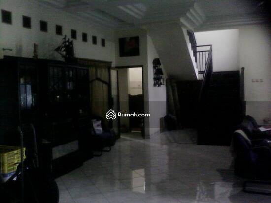 Rumah dijual di Pondok gede  10117679