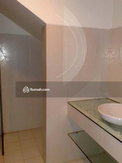 RUMAH PURI  10354109