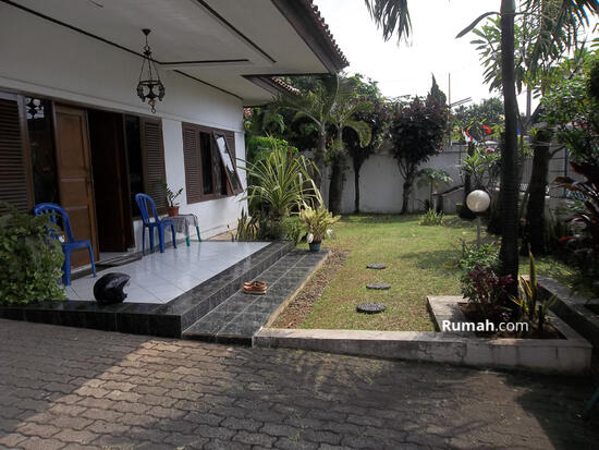 Dijual rumah tinggal  10573586