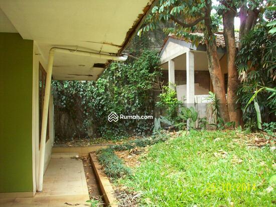 Cipete: Rumah dgn halaman luas & ada pool. DIJUAL-081288328234 21947789