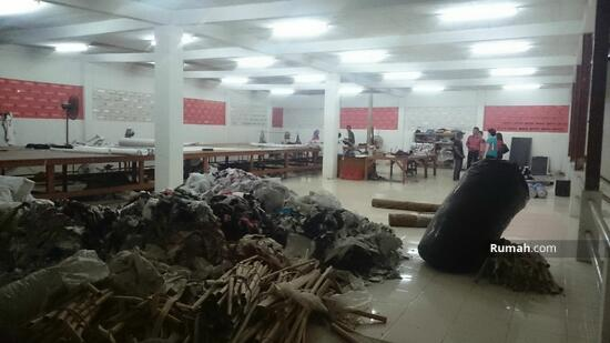 Pabrik Garmen  28564037