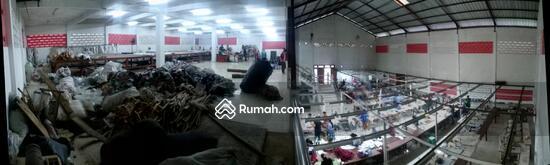Pabrik Garmen  28584170