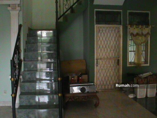 Rumah Rindang  2240384