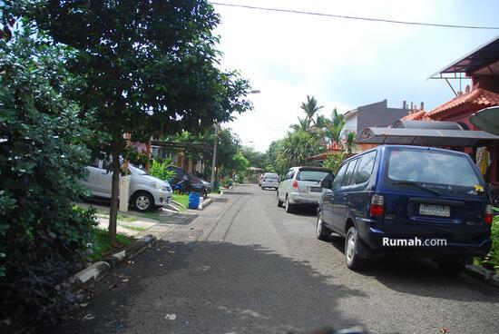 Lippo Village Taman Ubud Permata Timur  2415101